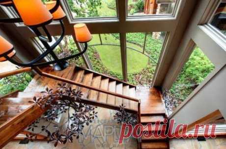 Лестницы, ограждения, перила из стекла, дерева, металла Маршаг – Лестница со стеклом деревянная