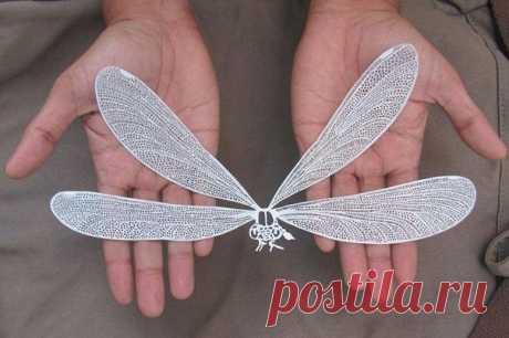 Индийский художник Парт Катекар творит из бумаги миниатюрные чудеса, виртуозно вырезая их ножницами и острым ножом. / IPv2 - Глобальная информация