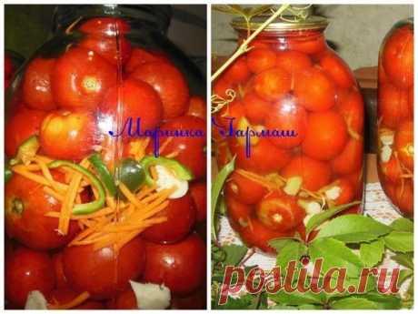 """Помидорчики """"Пологовские""""...  А это ещё один из любимых помидоров.На вкус кисленькие,не сладкие.Такие закрывал всегда свёкр,а теперь и мы.Привезен рецепт из города Пологи,вот такое и название у него необычное """"Пологовские""""Мне очень нравятся для этого рецепта именно маленькие помидорчики(можно брать черри)свекр даже плодоножку на некоторых оставлял(на столе зимой смотрятся просто потрясающе)прекрасная закуска,очень вкусный рассол!!!! Показать полностью…"""