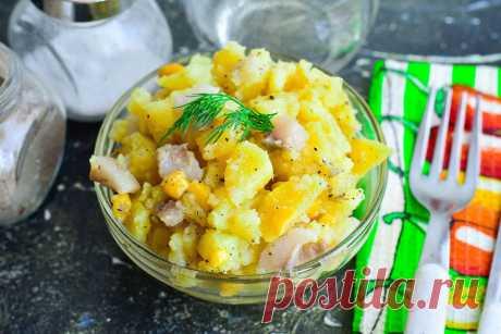 """Салат """"Пикадилли"""" - просто готовится и очень вкусно Салат «Пикадилли» - это вкуснейшее блюдо, которое отличается от других тем, что к нему дополнительно не нужно готовить ничего."""