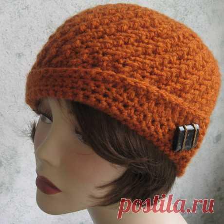 Warm ladies' hats-kloshe, knitting by a hook | Needlework