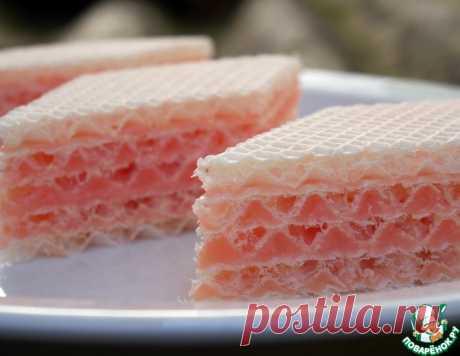 Вафельный торт с необычным кремом – кулинарный рецепт