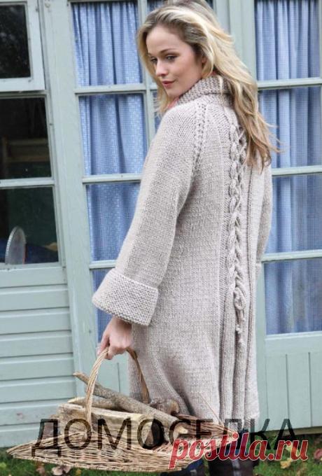 Оригинальное пальто (вязание спицами)