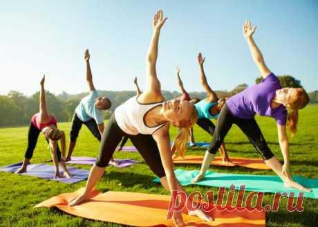 Комплекс упражнений для жиросжигания - Сайт для женщин Предлагаем комплекс домашних упражнений для жиросжигания.  Вам также понравится — КАК ПРИГОТОВИТЬ ДОМАШНЕЕ АПЕЛЬСИНОВОЕ МАСЛО СВОИМИ РУКАМИ