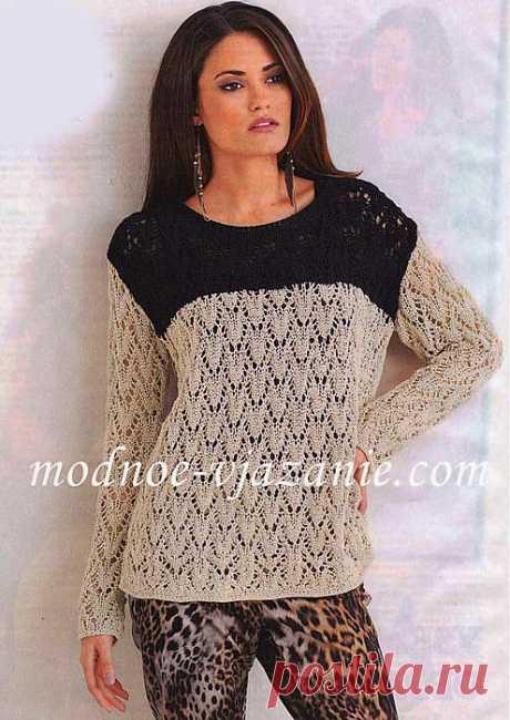 Двухцветный ажурный пуловер.
