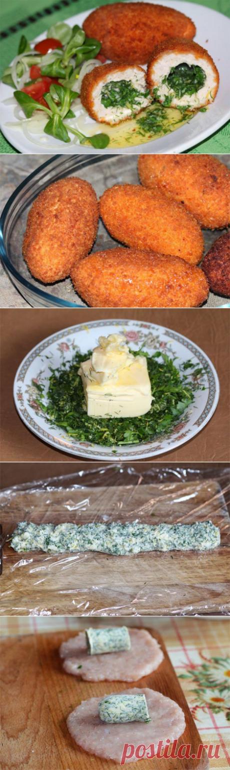 Котлеты по-донбасски  Рецепт невероятно вкусных котлет, очень похожих на котлеты по-киевски. Разница в том, что котлеты по-донбасски готовятся из смешанного фарша, обычно свино-говяжьего в соотношении 1:1. Но допускается и фарш из свинины и курицы, свинины и телятины, говядины и курицы. Нежные, необычайно сочные и безумно вкусные, эти котлеты обязательно Вам понравятся!