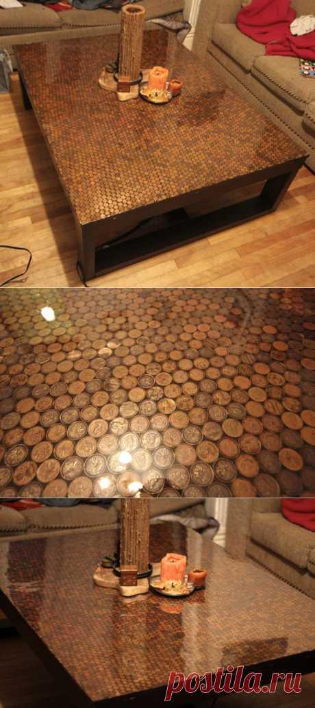 Журнальный столик из монеток