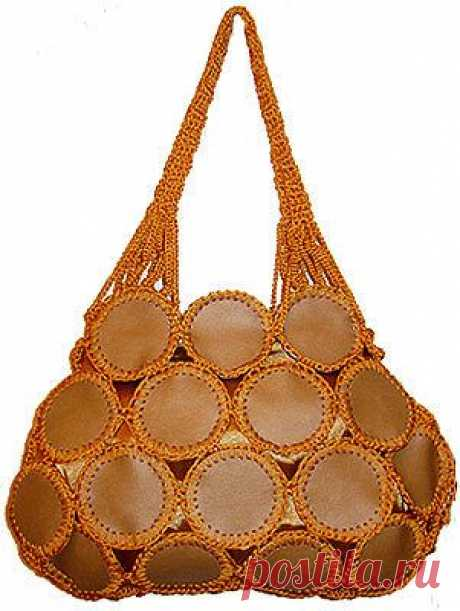 Lace: Сумки с кожаными вставками и декором