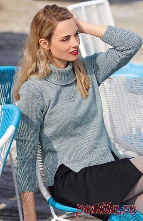 3 женских свитера с высоким воротом и разрезами по бокам спицами – схемы вязания с описанием