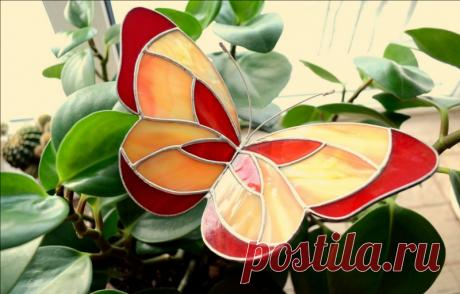 Бабочки из пластиковых бутылок своими руками: пошаговая инструкция для начинающих с фото Этапы создания заготовки бабочки, идеи декорирования и применения поделок на загородном участке.