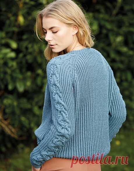 Пуловер патентным узором с «косами» на рукавах - Knitting.Klubok.ru.com