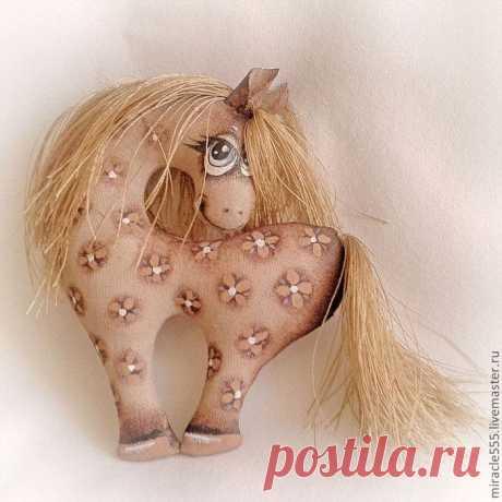 Гламурная кофейная лошадка к Новому году