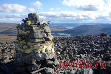 Думаете над подарками на Новый год для друзей и близких? Последуйте примеру норвежцев и подарите гору.