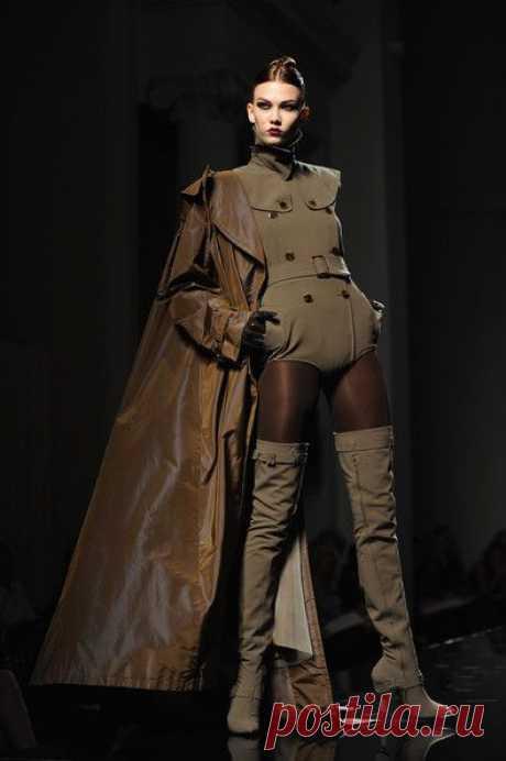 Для смелых и стильных. Особенности стиля милитари в женской одежде