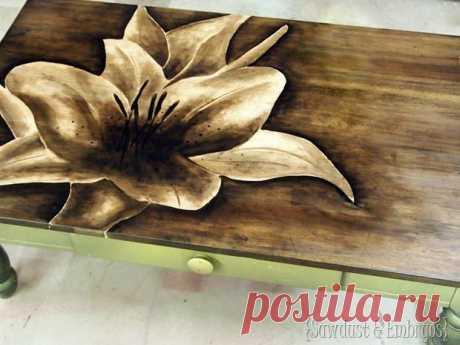 Оригинальный способ декора старой мебели | Умелые ручки