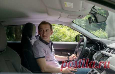 Скромно и со вкусом: на каких автомобилях ездит Константин Хабенский