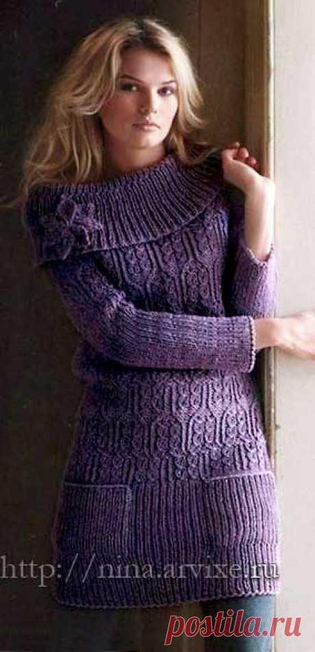 Узорчатое вязаное платье спицами