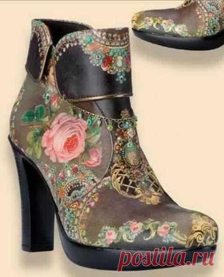 Как сделать декупаж на обуви и других кожаных изделиях С помощью техники декупаж можно своими руками не только декорировать самые разнообразные предметы интерьера, но и различные аксессуары и даже обувь. Потому сегодня мы с вами разберемся, как же проходи…