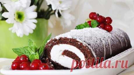 Бисквитный рулет с кремом из манки — Вкусные рецепты