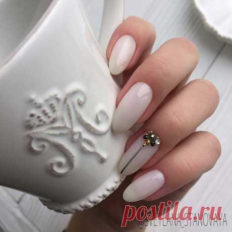 Маникюр на острые ногти: 33 романтичные идеи Образы нежного маникюра на острых ногтях  Длинные ногти позволяют создать волшебный и креативный маникюр! ➡️ Смотрите, кликнув на фото