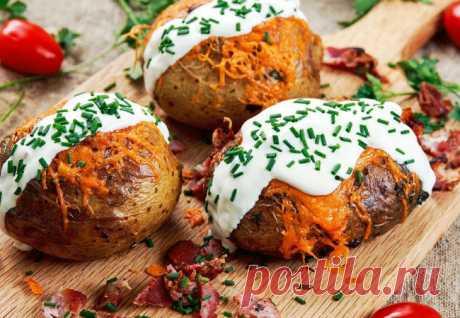 Вырезали в картошке середину: заполняем начинкой и ужин готов - Steak Lovers - медиаплатформа МирТесен