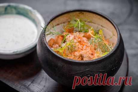 Перловая каша в топленом молоке с курицей, сырным соусом и зеленью рецепт – основные блюда. «Еда»