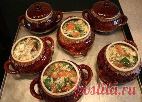 Топ-17 потрясающих рецептов блюд, приготовленных в горшочках Сохрани, чтобы потом приготовить!