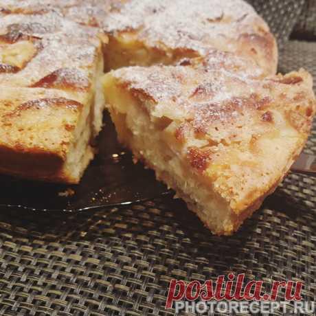 Шарлотка - вкусный, легкий и простой в приготовлении десерт