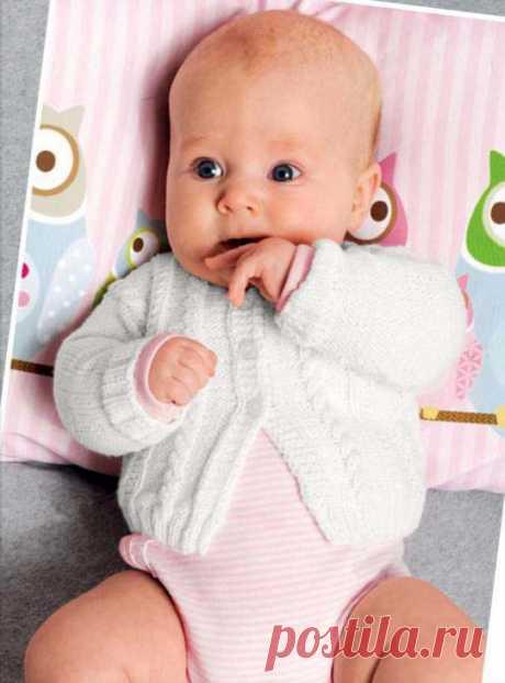 Нежный комплект для новорожденного спицами - Портал рукоделия и моды