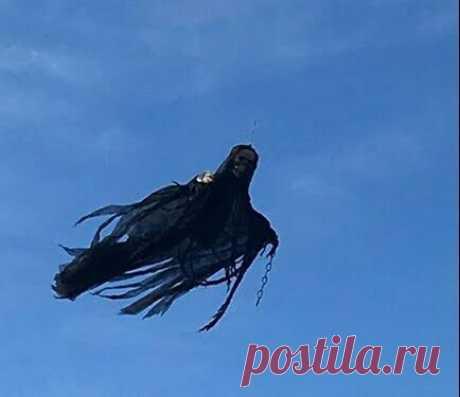 Хэллоуинский гость