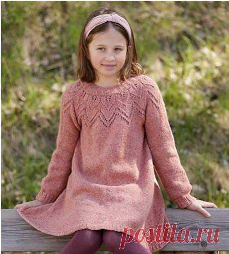 Описание вязания теплого красивого платья для девочки от 3 до 12 лет