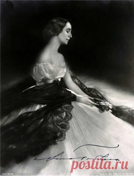 Анна Павлова: редкие фотографии и рисунки