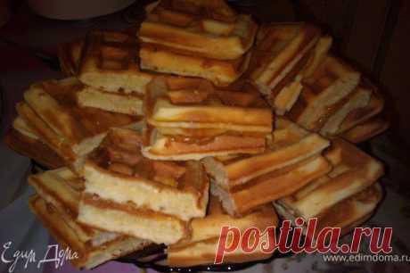 Венские вафли. Ингредиенты: сахар, молоко, сливочное масло