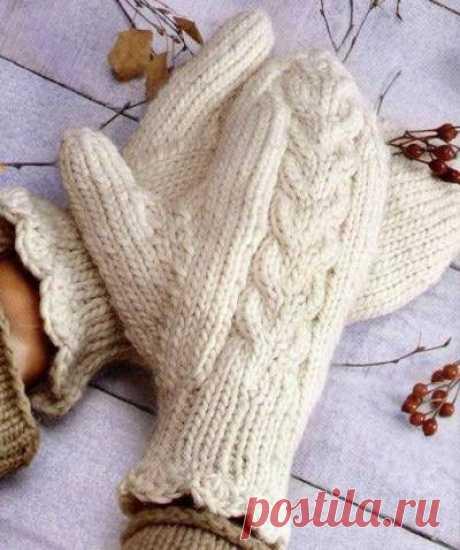 Варежки с косами и оборкой - Портал рукоделия и моды