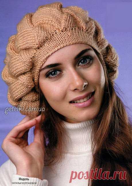 Вязание энтерлак. Объемный берет плетеным узором. Описание вязания