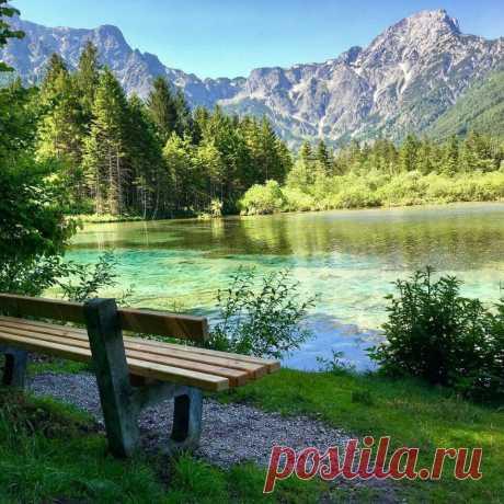 ღПочувствуйте, вдохните этот воздух. Представьте себя на этой скамейке.