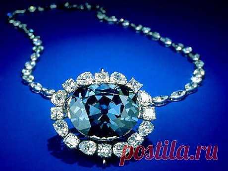 Голубой бриллиант 46 карат.