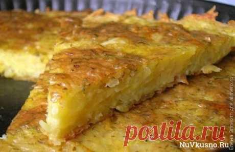 Запеканка из тертого картофеля с сыром и чесноком ·