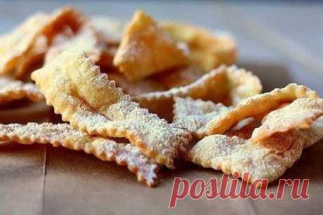 Хворост: лучшие рецепты любимого десерта / Простые рецепты