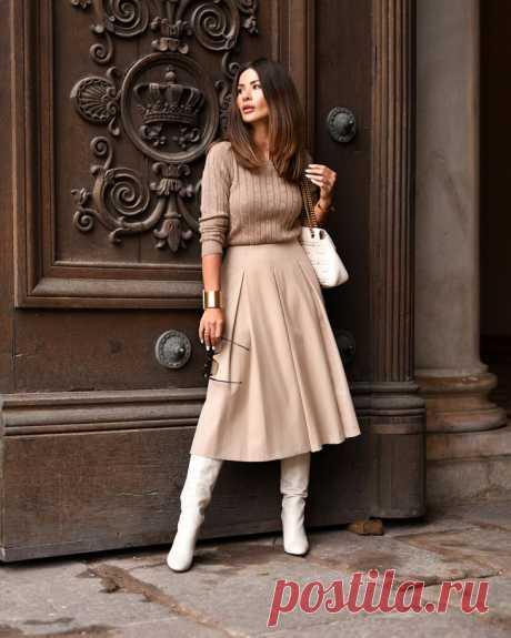 Мода для женщин после 40-ка осень-зима 2018-2019 Возраст меняет женщин. Поддаются изменениям не только внешность, психологические и эмоциональные аспекты жизни, но и вкусы, предпочтения, манера поведения. Многие дамы бальзаковского возраста, впадая ...