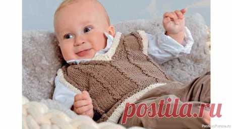 Жилет с «косами» для новорожденных. Описание | Вязание спицами для детей Этот маленькийжилет для новорожденныхвяжется очень быстро. Планки контрастного цвета, выполненные в классическом стиле, смотрятся очень эффектно в сочетании с узором из «кос». Еще один вариант универсального жилета для малышей вы найдететут.РАЗМЕРЫ:56–62 (68–74) 80–86ВАМ ПОТРЕБУЕТСЯ:пряжа...