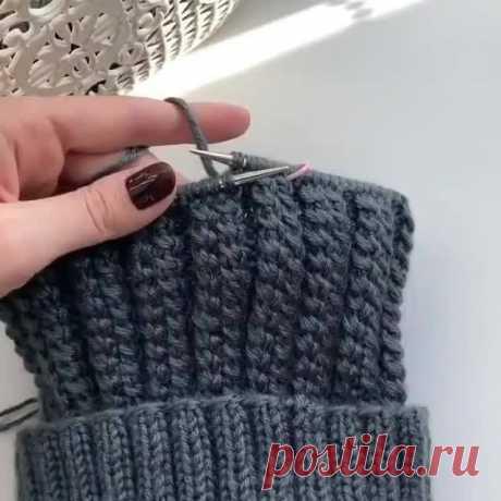 Красивый узор спицами для вязания шапок