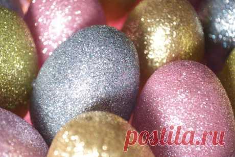 Como adornar los huevos a la Pascua: 27 ideas originales de la decoración y la pintura