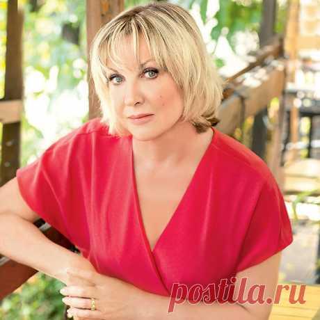 Загородный дом актрисы Елены Яковлевой: «подполковник Каменская» на природе - Модный интерьер