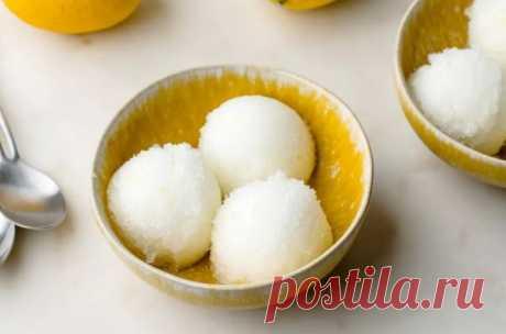 Освежающее лимонное мороженое из 4 ингредиентов