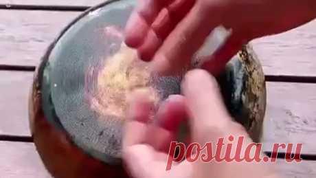Очищаем сковородку от нагара🍳 Соль, сода, жидкость для мытья посуды, уксус.