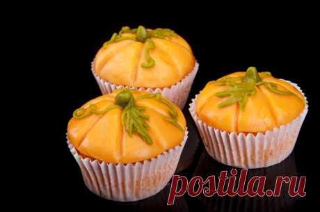 Тыквенные булочки: видео рецепт домашней выпечки Булочки - сладкий круглый хлеб маленького размера.