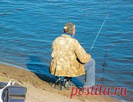 """Весенняя уклейка  Владислав Андрианов Есть своя прелесть в зимней рыбалке. Порой, ближе к концу летнего сезона, прикроешь глаза, и мерещится дрожание кивка над """"дырой в иной мир"""" - лункой. А вот к концу зимы - наоборо…"""