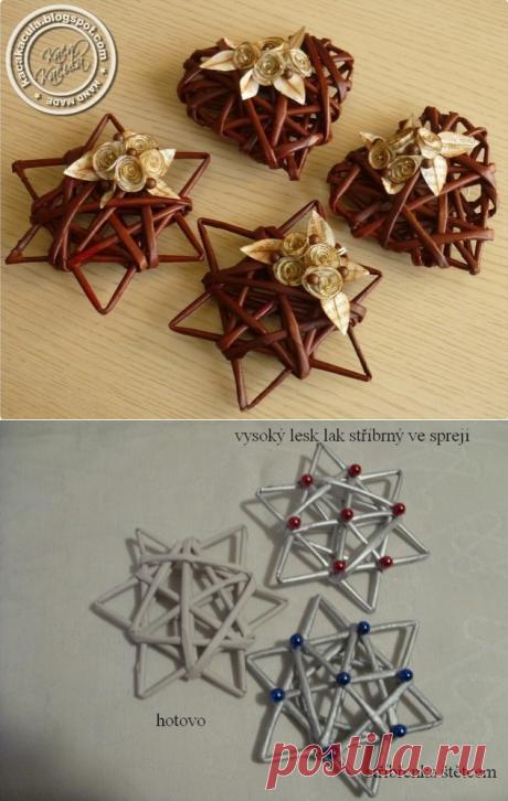 МК по созданию новогодних украшений из газетных трубочек