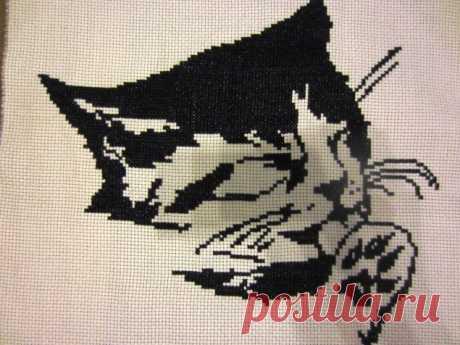 Кошечка / Вышивка / Вышивка крестом